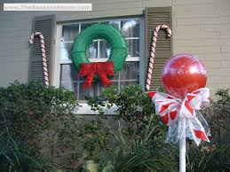 Diy Outdoor Christmas Decorations by Outdoor U201ccandy U201d A Christmas Decorating Idea The Seasonal Home