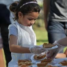 on atlanta family volunteer day sweeac food bank