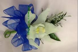 corsage and boutonniere for homecoming homecoming time corsage boutonniere forms flowers n