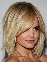 nice hairstyle for short medium hair with one hair band super medium short one length haircuts