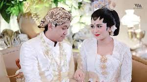 wedding dress nagita slavina caca tengker menikah raffi ahmad syuting dengan ayu ting ting