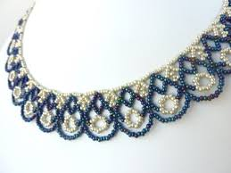 around the beading table free beading pattern for scalloped lace necklace beaddiagrams com