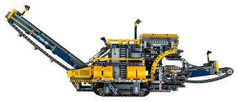 new world u0027s largest lego technic set is a 3 9k piece mega