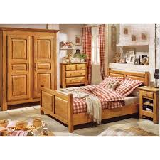 chambres coucher en bois gallery of chambre a coucher en bois chambres a coucher en
