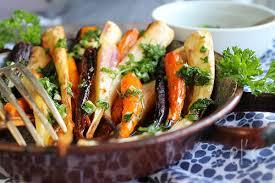 cuisiner des panais carottes et panais rôtis à l huile d olive ail et persil