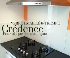 crédence verre trempé cuisine verre emaille et trempe sur mesure pour crédence de cuisine avec