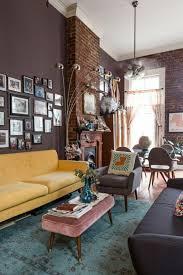 steinwand fã r wohnzimmer die besten 25 dunkle wände ideen auf dunkelblaue