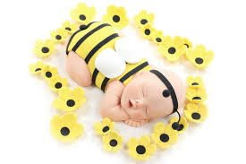 bumble bee cake toppers as can bee bumble bee baby cake topper flowers yellow sugar