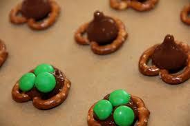 catholic cuisine st s shamrock pretzel treats