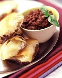 recette cuisine sur tf1 midi 4 astuces pour préparer une délicieuse tapenade d olives maison