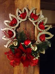 horseshoe wreath crafts made from horseshoes christmas wreath made out of