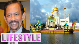 sultan hassanal bolkiah plane sultan of brunei lifestyle palace net worth cars planes