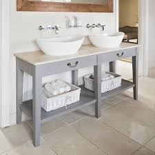 Cheap Bathroom Storage Ideas by Best 25 White Bathroom Shelves Ideas On Pinterest Small Bathroom