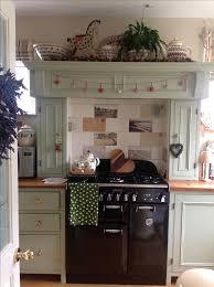Cottage Kitchen Hutch Best 25 Cottage Kitchen Ovens Ideas On Pinterest Cottage Open