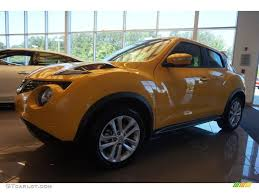 nissan juke yellow interior 2015 solar yellow nissan juke sl 104518972 gtcarlot com car