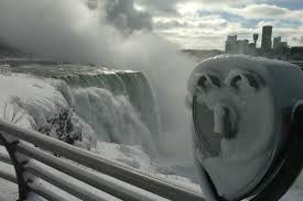 niagara falls frozen waters freezing place