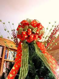 tree top bows happy holidays
