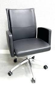 bureau chrome garniture de bureau en cuir bureau a en mal chrome marque shug