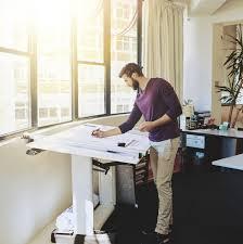 bureau pour travailler debout quels sont les modèles de bureaux pour travailler debout pratique fr