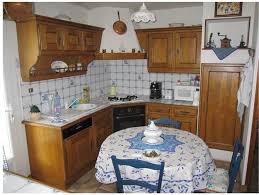 relooker une cuisine en bois relooker une cuisine en chene free une cuisine typique des annes