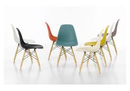 chaises pas ch res découvrez une chaise différente de la dsr pas cher de charles eames
