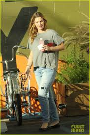 pregnant thanksgiving drew barrymore thanksgiving grocery shopping with mother in law