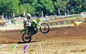 who here had the pleasure of riding a 500 two stroke moto