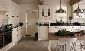 Pictures Of Country Kitchens With White Cabinets Country Kitchen Designs Layouts Two Tiers Kitchen Counter With