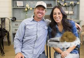 chip joanna gaines chip and joanna gaines annouce plans to sell their sh t klbj