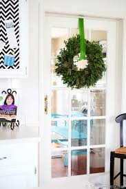how to hang a wreath with ribbon in my own style