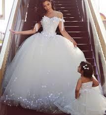 robe de mari e de princesse de luxe robe de mariée princesse luxe idées et d inspiration sur le mariage