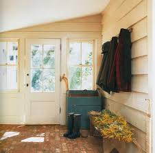 5 options for mudroom flooring