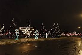 christmas light displays in michigan six holiday light displays you have to see this season dig the dunes
