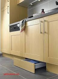 plinthe cuisine plinthe meuble cuisine cuisine pour co cuisine sous linia en