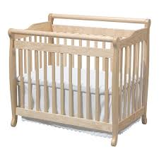 Mini Convertible Cribs Davinci Emily Mini 2 In 1 Convertible Crib In Honey Oak M4798o