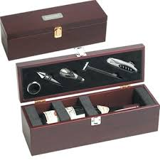 gifts for clients top five reasons for giving corporate gifts