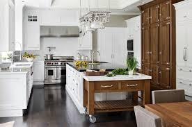 cuisine sur roulettes îlot sur un meuble de cuisine compact et fonctionnel
