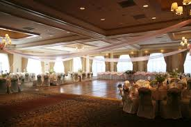 the clubhouse at anaheim golf course bridal list - Anaheim Golf Course Wedding
