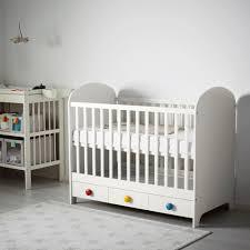 chambre bebe americaine lit bébé pas cher lits bébé évolutifs ikea