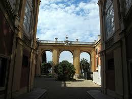 il cortile genova file genova palazzo reale cortile 01 jpg wikimedia commons