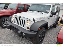 moab edition jeep 2013 bright white jeep wrangler unlimited moab edition 4x4