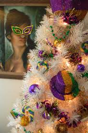 how to decorate a table top mardi gras tree blog treetopia com