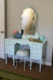 Makeup Vanity Seat Best 25 Antique Makeup Vanities Ideas On Pinterest Vintage