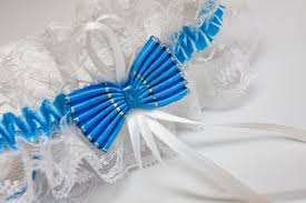 Garters For Wedding What Is The History Of The Wedding Garter Tradition Howstuffworks