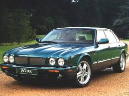 jaguar xjr catch it while you can pistonheads