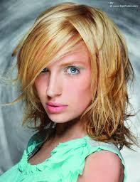 Frisuren Mittellange Haar Blond by Verwuschelter Look Für Mittellanges Haar Mit Stufen Und