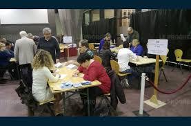 tenue bureau de vote bureau de vote lyon 7 59 images les électeurs de hollande et
