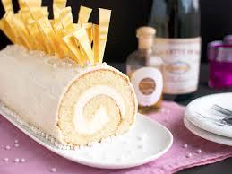 white chocolate cake recipe shard chagne cake roll with white chocolate white chocolate bûche de