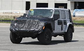jl jeep diesel new 2018 jeep wrangler jl details emerge three engine options