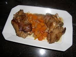 cuisiner des pieds de cochon pieds de porc confits de mamie hélène la recette du dredi